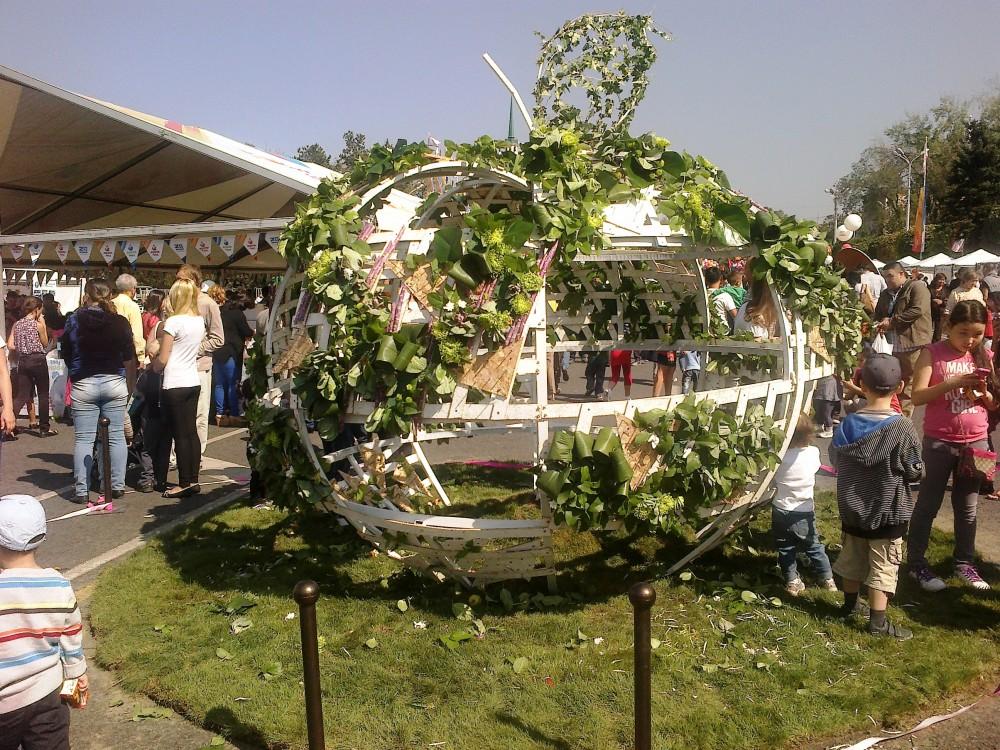 Алма мен Алматының мерекесі (немесе Apple Fest)
