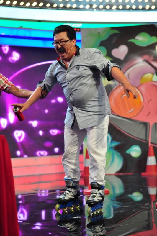 Ақжол Мейірбеков 62 жасында алғаш рет роликке мінді.