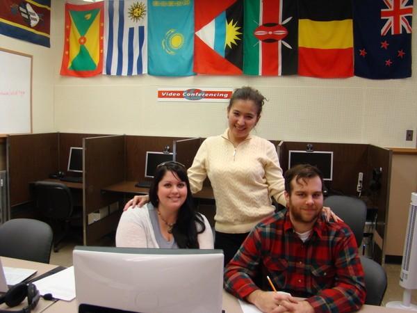 АҚШта қазақ тілін үйреніп жүрген американдық студенттер