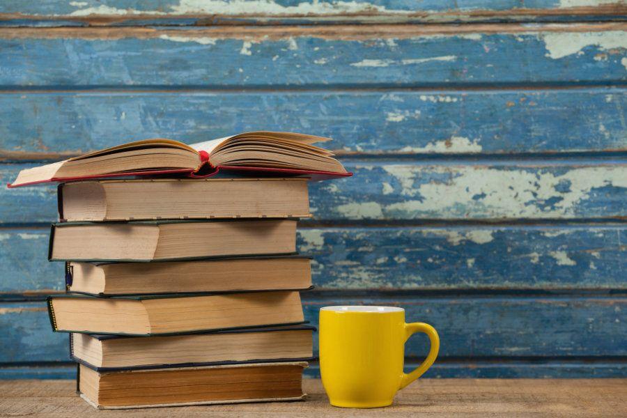 «ҚазҰУ студенті оқуы тиіс 100 кітап»  атты жоба жайлы