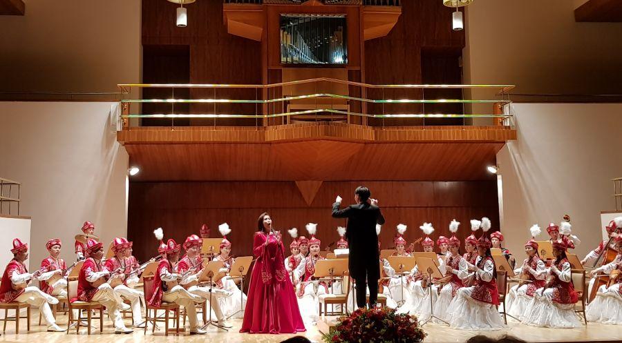 Сопрано дауысты әнші Айзада Капонова Құрманғазы Оркестрімен бірінші жеке шығармашылық кешін өткізеді