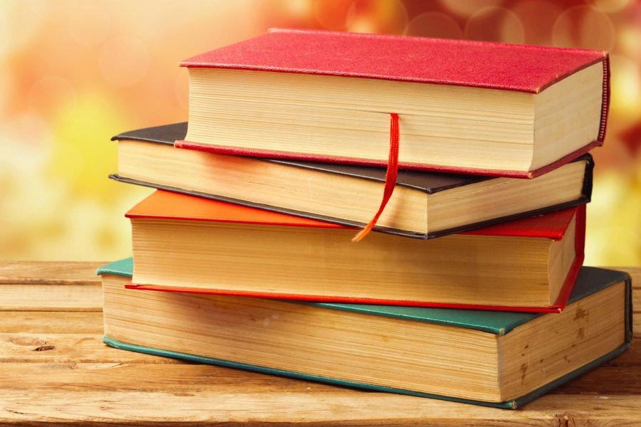 100 books for reading by students of KazNU