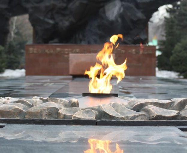 9 мамыр. Ұлы Отан соғысына байланысты Алматыдағы ескерткіштер