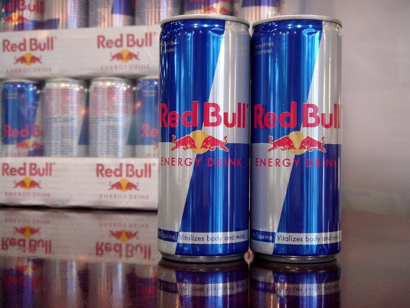 Red Bull энергетикалық сусынын ойлап тапқан адам қайтыс болды