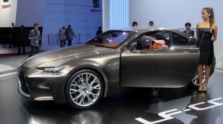 Lexus IS купе нұсқасында жасалады