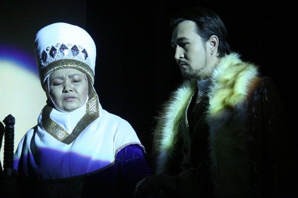 Астанада Ғ.Мүсірепов театры қала күнінен орай өнер көрсетпек