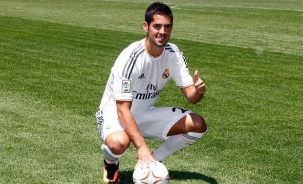 """Иско """"Реал"""" ойыншысы ретінде ресми түрде таныстырылды"""
