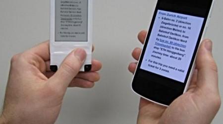 Смартфондарға арналған қосымша дисплей NFC арқылы қуаттанады