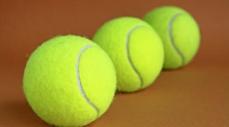 Теннис добымен массаж жасау