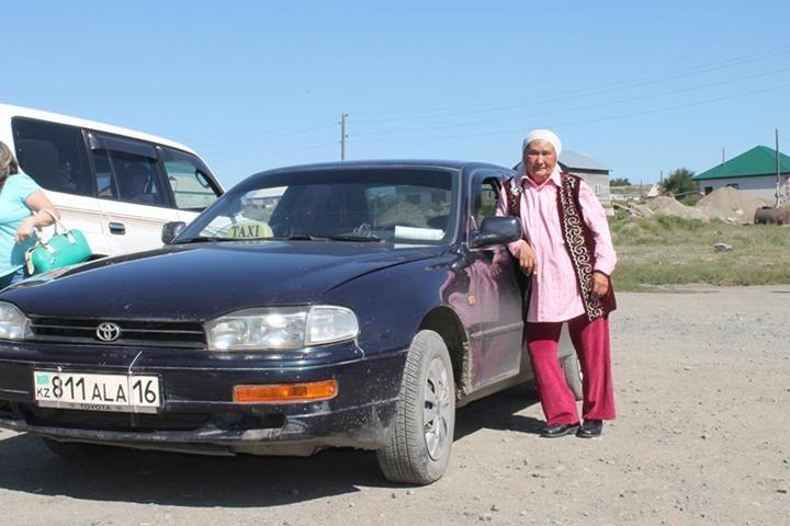 67 жастағы таксист апа
