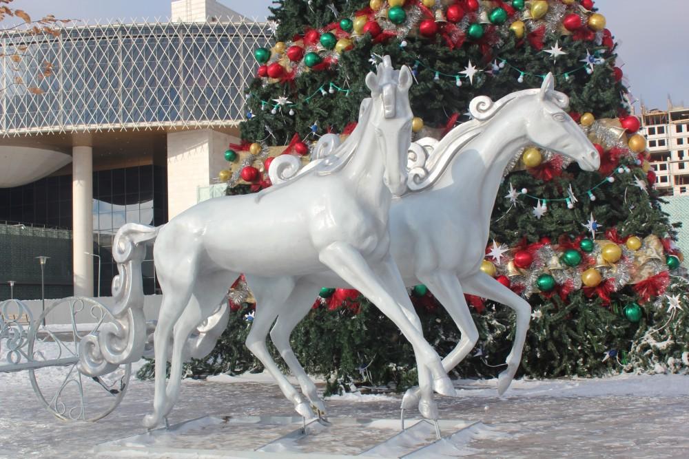 Астана Жаңа жылға дайындық үстінде...