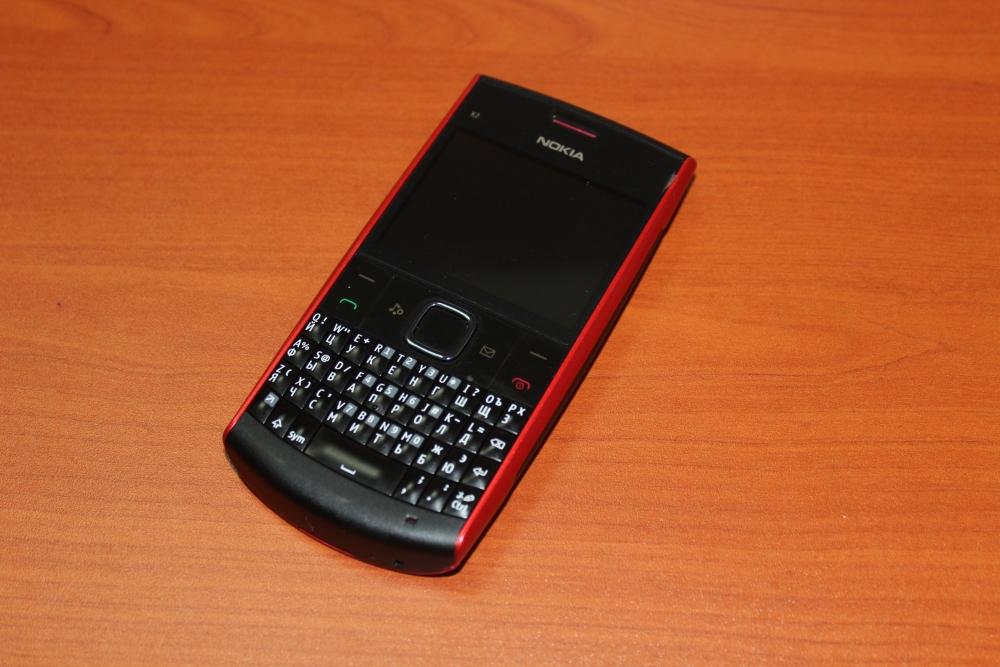 Шолу: Nokia X2-01