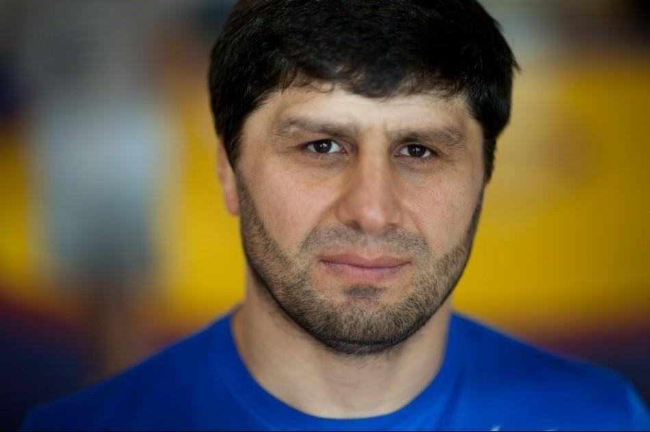 Ислам Байрамуков: Алты жасар шәкірттерім бар