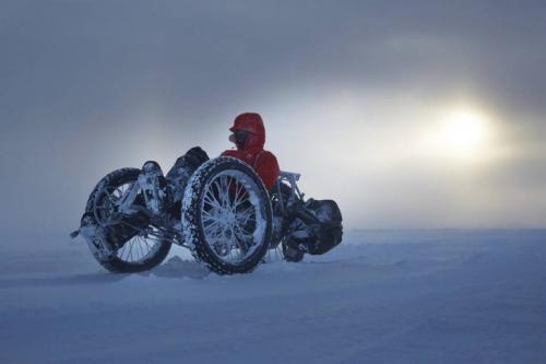 Оңтүстік полюсті велосипедпен бағындырған тұңғыш әйел