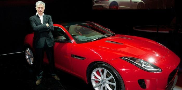 Моуринью Британияда бірінші болып Jaguar-дың жаңа үлгісін иемденді