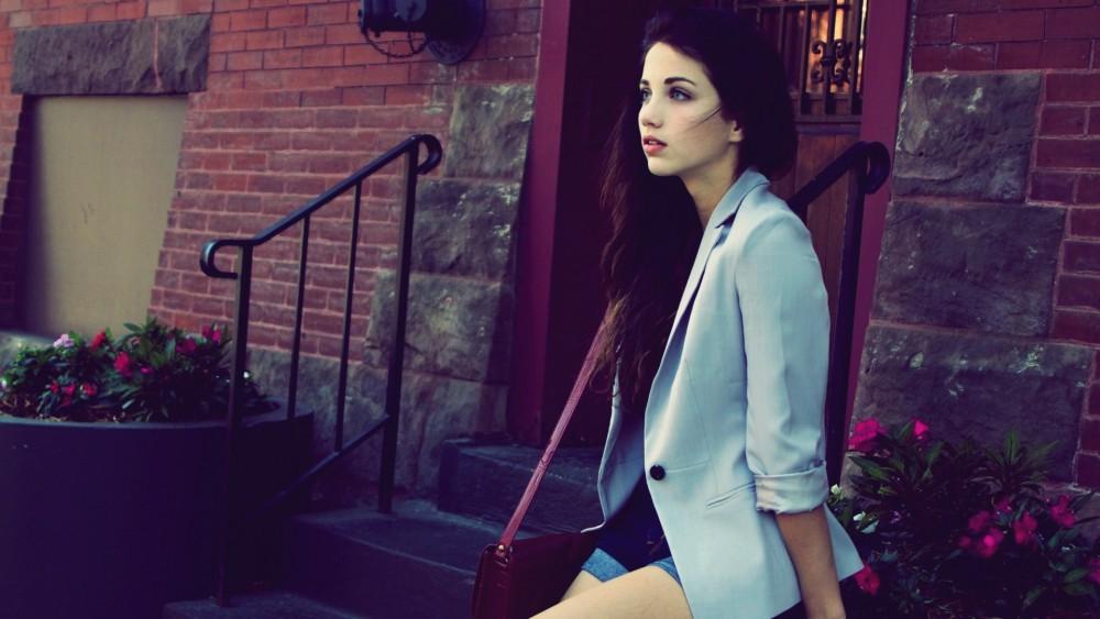 Қыздар гардеробы: пиджакты басқа киімдермен үйлестіру