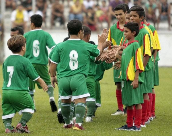 Бразилияда ергежейлілер футбол клубы бар