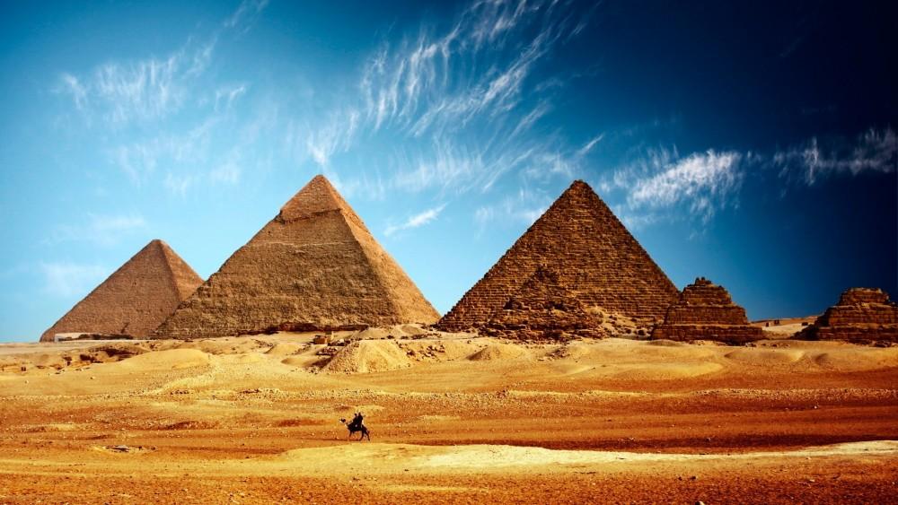 Пирамидаларды тұрғызған египеттік құлдар емес