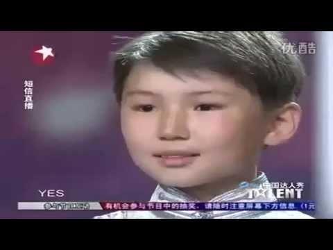 12 жасар бала бүкіл Қытайдың жүрегін елжіретті