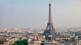 Париж тұрғындары туристерге не үшін өкпелі?
