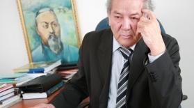 Дулат Исабеков: «Журналистік тіл көркем шығармадағы адам жанын таныта алмайды»