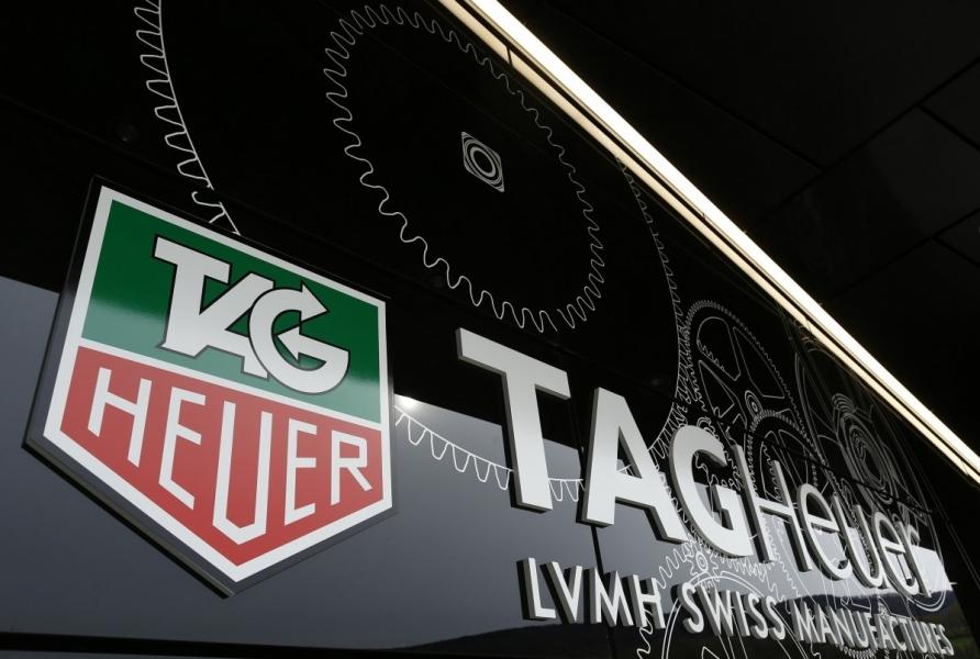 TAG Heuer классикалық сағаты «смарт» үлгіге ауысады