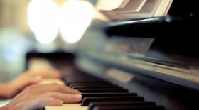 Жапондар қолсыз ойнауға болатын фортепиано жасады