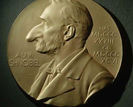 Нобель сыйлығы мен Шнобель сыйлығын қатар иеленген жалғыз адам