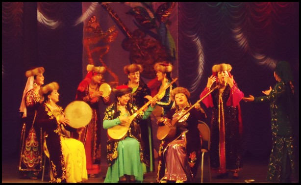 Әлемдегі жалғыз кәсіби ұйғыр театры Алматыда орналасқан