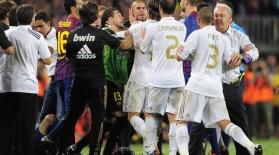 Испания футболындағы қақтығыстар мен төбелестер (видео)