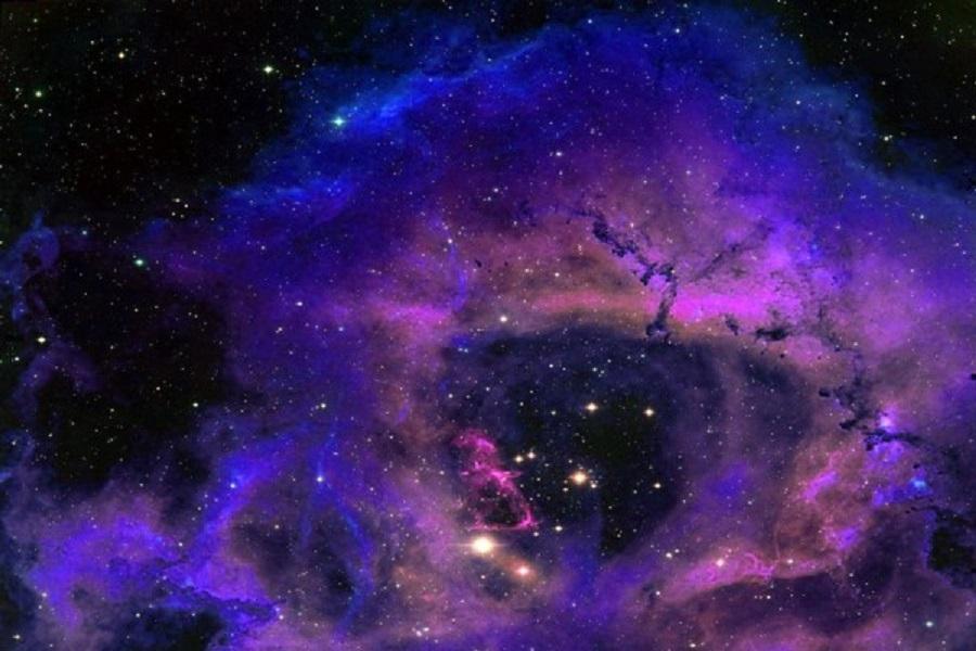 NASA ғарыш суреттерін фотошоппен өңдейді