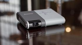 MWC 2015. Lenovo Pocket Projector - сіздің қалтаңыздағы кинотеатр