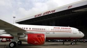 Air India ұшқышы кабинада экипаж командирін соққыға жықты