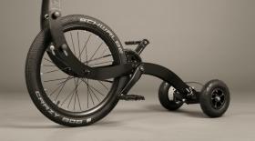 Үш дөңгелекті Halfbike II велосипеді жасалды