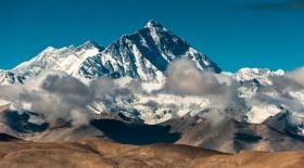 Непалдағы жер сілкінісінен Гималай тауы шөккен