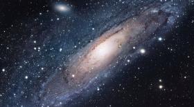 Жаңадан ашылған галактиканың құрамында 300 триллион жұлдыз бар