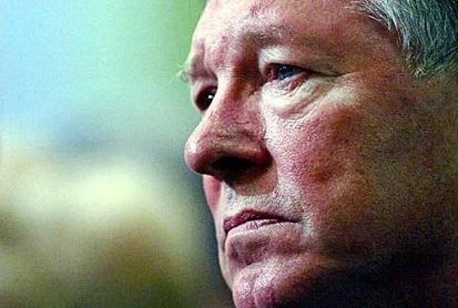 Манчестер Юнайтед бапкері ауруханада