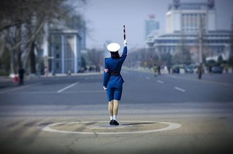 Астананың жартысы полиция қызметкерлерінің белгісін түсінбейді