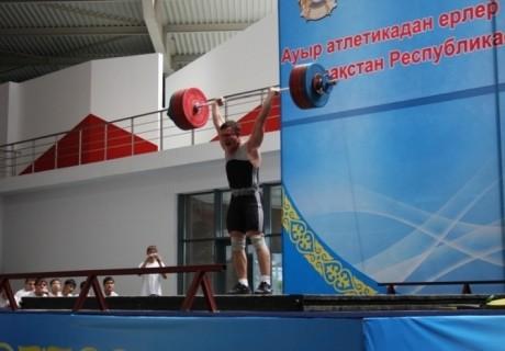 Ауыр атлетикадан Қазақстан құрамасында өзгеріс