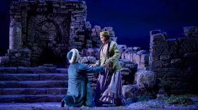 Майра Мұхамедқызы мен Салтанат Ахметова «Абай» операсында шырқайды