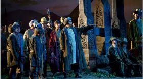 Абай Құнанбайұлы бейнесі опера театрында