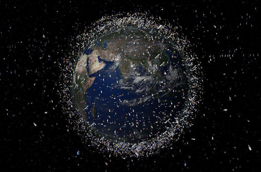 Орбитада неше жасанды спутник бар?