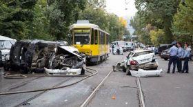Алматыда трамвай апаты кезінде жолаушыларды студент жігіт аман алып қалған