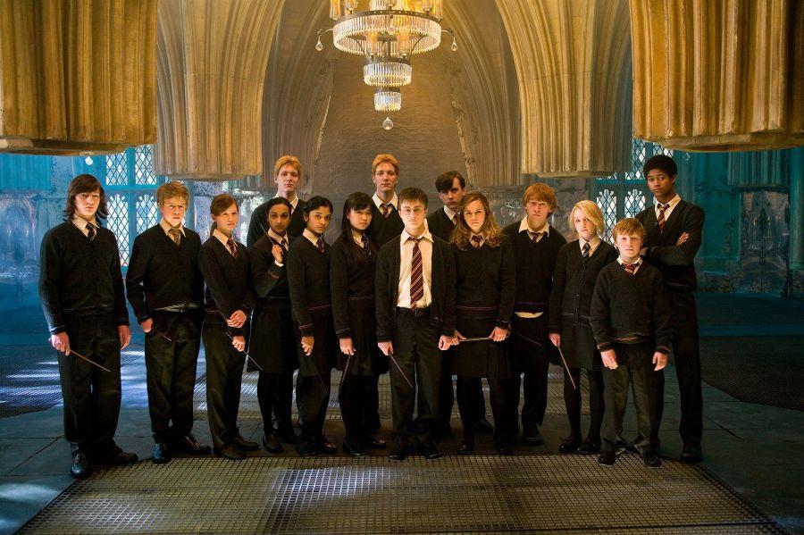 Гарри Поттер туралы фильмдер қайда түсірілген?