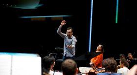 Бетховен симфониясы – қазақ дирижері тізгінінде