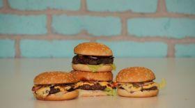 Гамбургер мен чизбургер айырмашылығы