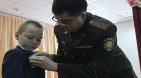 11 жасар балаға ерлігі үшін медаль тағылды