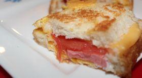 Массагеттен мәзір: Ыстық бутерброд