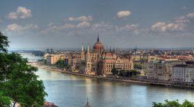 Венгрия Қазақстан азаматтарына грант бөлді