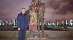 Астана тұрғыны дауға айналған мүсінді орамалмен жапты
